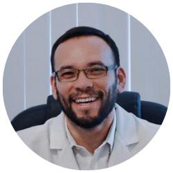Dr Daniel Valencia